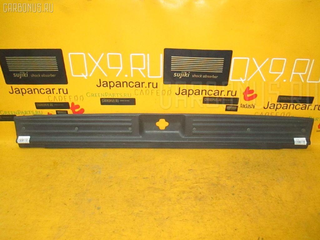 Обшивка багажника NISSAN TERRANO RR50 Фото 1