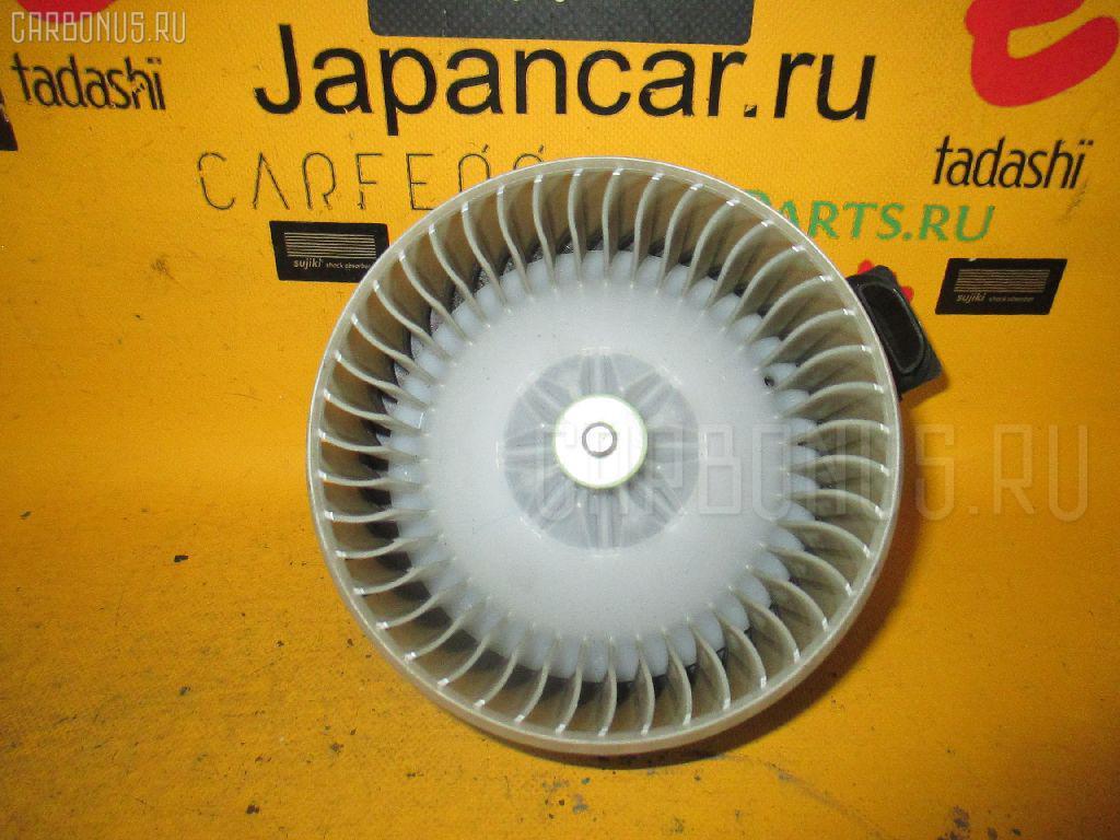 Мотор печки TOYOTA BB QNC20. Фото 6