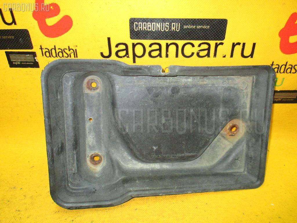 Подставка под аккумулятор TOYOTA JZX100. Фото 6