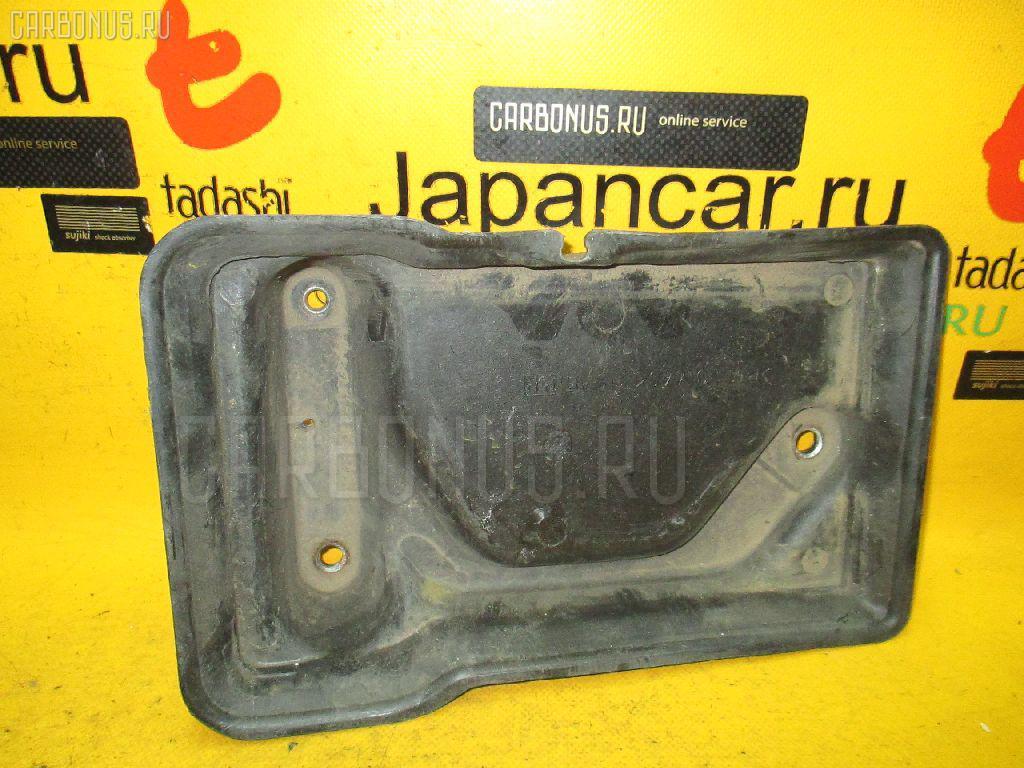Подставка под аккумулятор TOYOTA JZX100. Фото 8