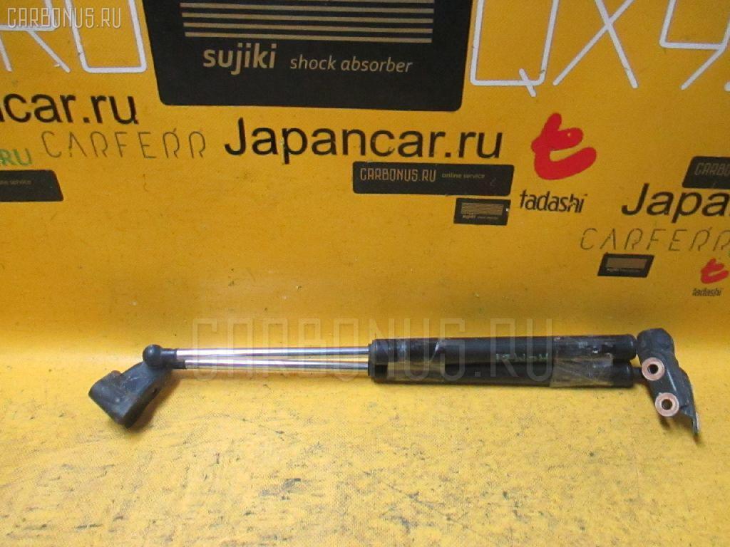 Амортизатор двери TOYOTA IPSUM ACM21W Фото 1