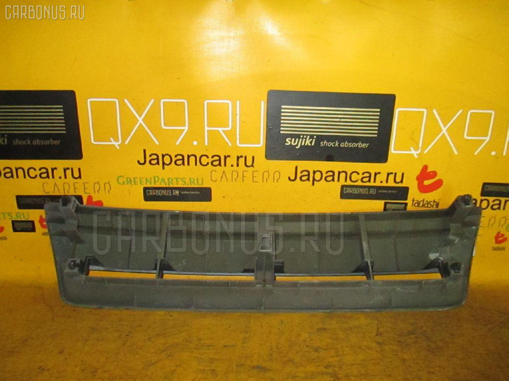 Решетка радиатора NISSAN CUBE AZ10 Фото 4