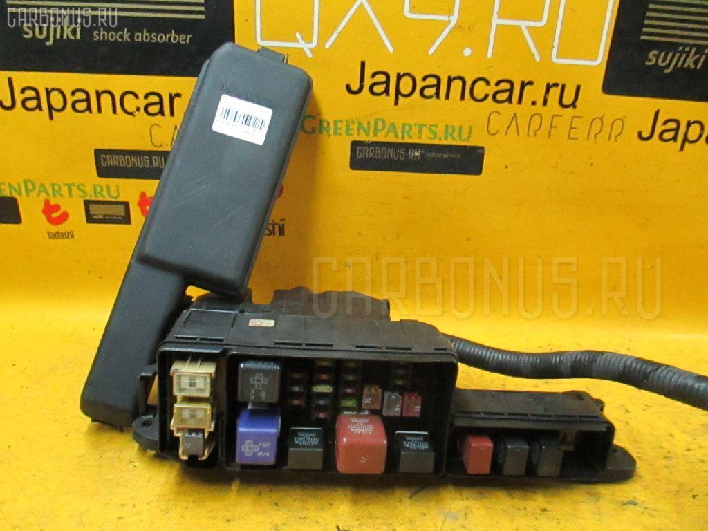 Блок предохранителей Toyota ST210 Фото 1