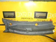 Решетка под лобовое стекло Toyota Isis ANM10G Фото 2