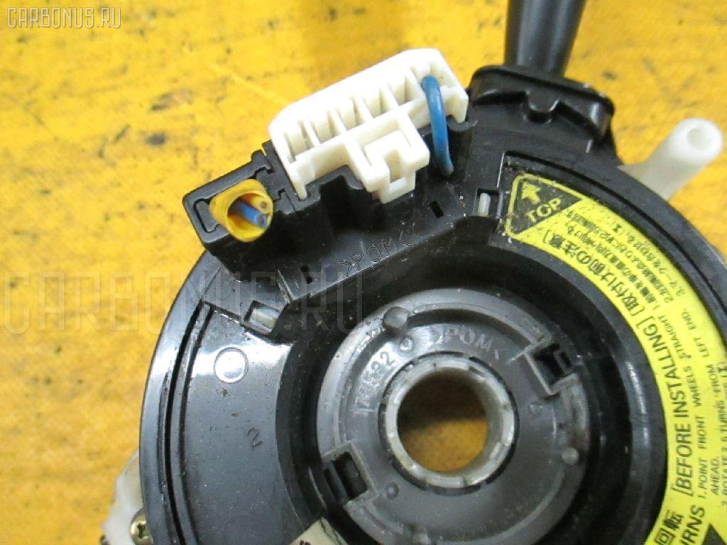 Переключатель поворотов TOYOTA IPSUM SXM15G. Фото 11