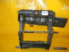 Крепление магнитофона Audi A4 avant 8EBFB Фото 1