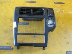 Консоль магнитофона Nissan Terrano TR50 Фото 1