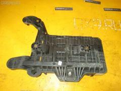 Подставка под аккумулятор Volkswagen Golf v 1KBLG Фото 2