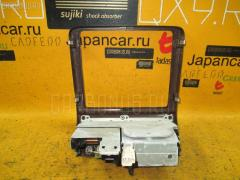 Консоль магнитофона Toyota Crown JZS151 Фото 2