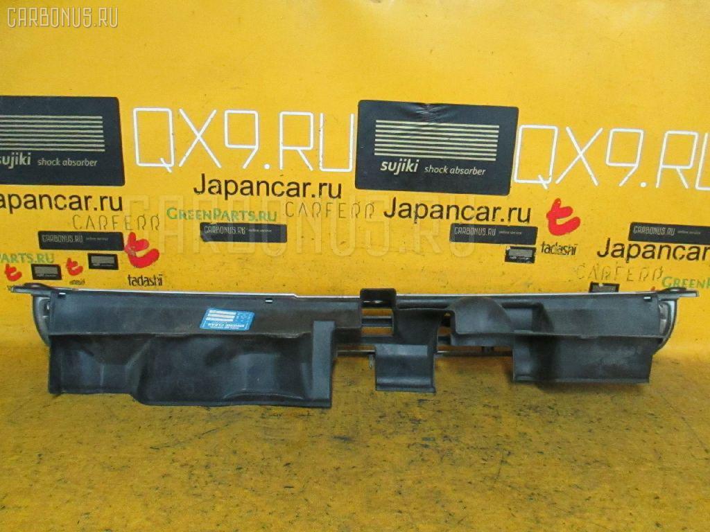 Решетка радиатора Toyota Porte NNP11 Фото 1