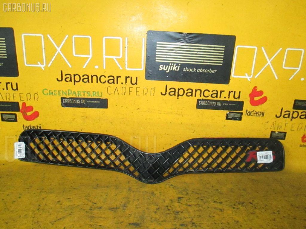 Решетка радиатора Toyota Vitz NCP10 Фото 1