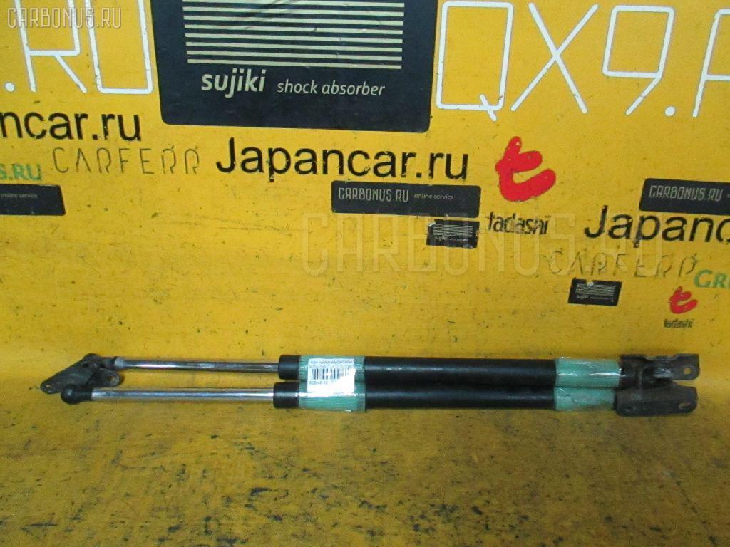 Амортизатор двери TOYOTA HARRIER MCU15W. Фото 3