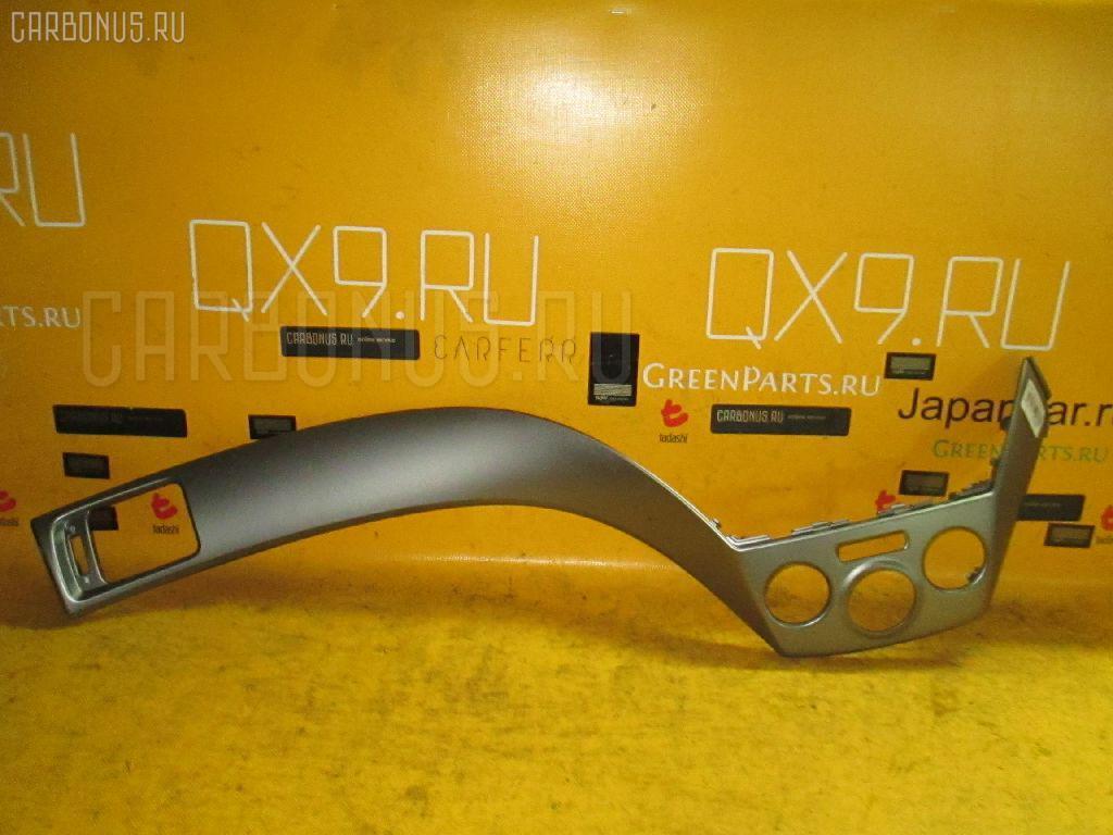 Консоль магнитофона SUBARU FORESTER SH5 Фото 1