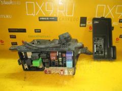 Блок предохранителей Toyota Harrier MCU15W 1MZ-FE Фото 1