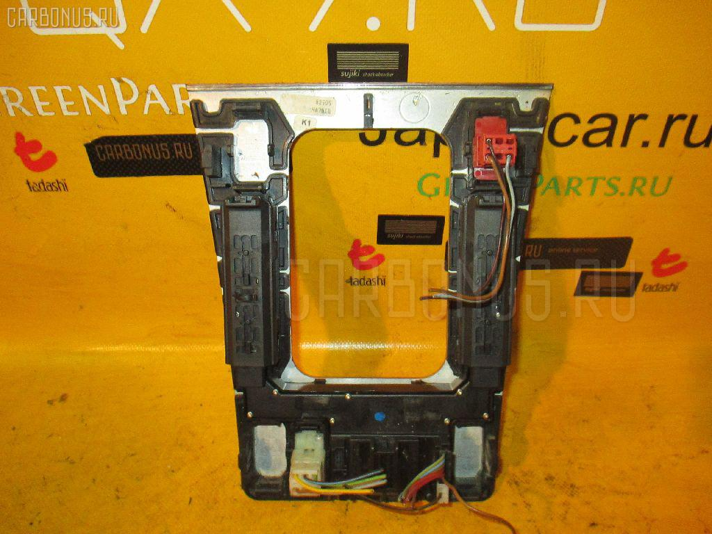 Блок упр-я стеклоподъемниками MERCEDES-BENZ E-CLASS STATION WAGON S210.261 Фото 2
