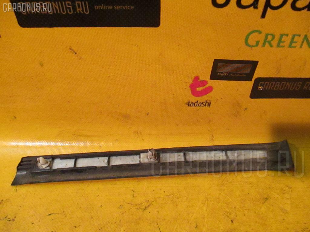 Накладка на крыло MERCEDES-BENZ E-CLASS STATION WAGON S210.261 Фото 2