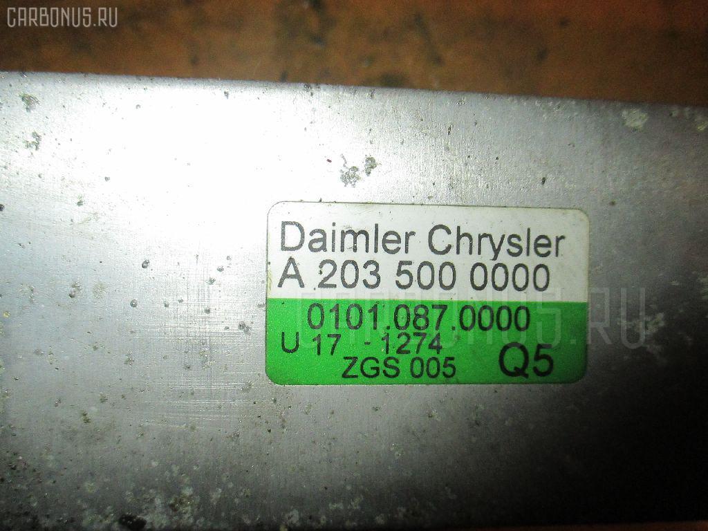 Радиатор интеркулера MERCEDES-BENZ C-CLASS STATION WAGON S203.245 111.955. Фото 1