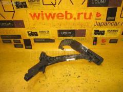 Педаль подачи топлива MERCEDES-BENZ C-CLASS W202.020 111.945 WDB2020202F681904