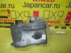 Бачок омывателя на Toyota Chaser JZX100 85315-22200  85301-22030  85310-20210