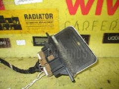 Регулятор скорости мотора отопителя на Nissan Liberty RM12 QR20DE 27150-WF101