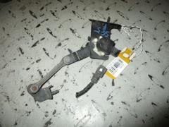 Датчик регулировки наклона фар на Subaru Forester SG5 Фото 5