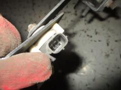 Датчик регулировки наклона фар на Subaru Forester SG5 Фото 3