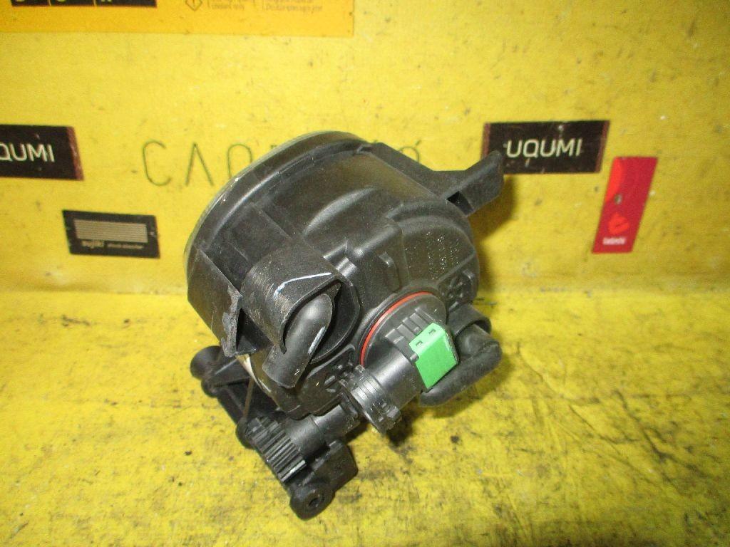Туманка бамперная 8T0941699 на Audi Фото 1