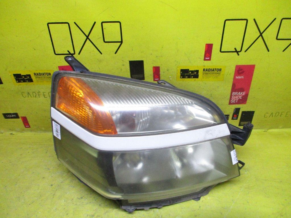 Фара 28-154 на Toyota Voxy AZR60G Фото 1