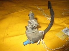 Клапан вентиляции топливного бака на Mercedes-Benz E-Class W211.061 112.913 A0004703693