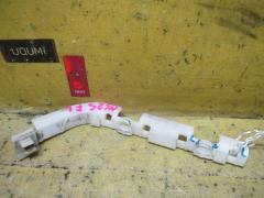 Крепление бампера на Nissan Serena NC25, Переднее Левое расположение