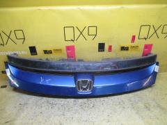 Решетка радиатора на Honda Stream RN5 71121-S7A-N0-M1