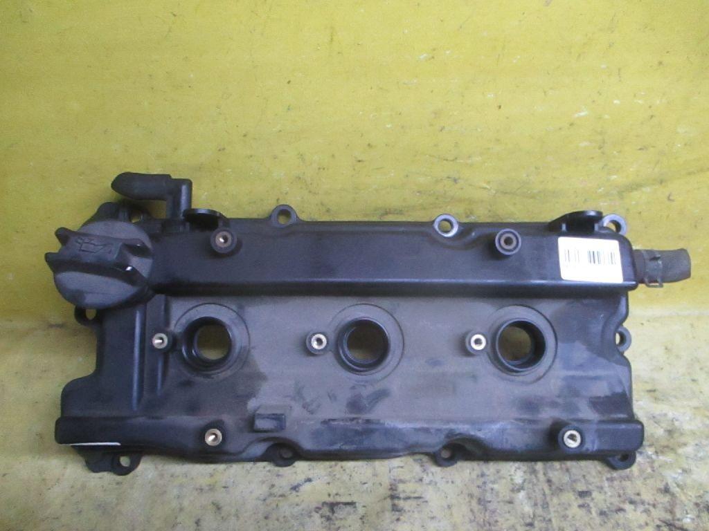 Клапанная крышка на Nissan Teana J31 VQ23DE Фото 1