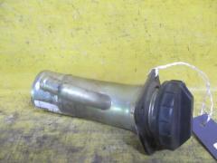 Заливная горловина топливного бака на Mitsubishi Pajero V21W 4G64
