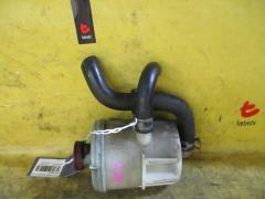 Бачок гидроусилителя на Honda Stream RN3 K20A