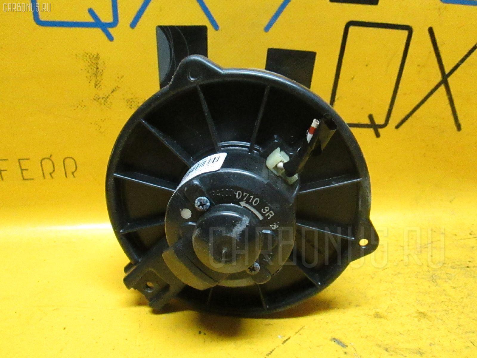 Мотор печки TOYOTA MARK II JZX90. Фото 10