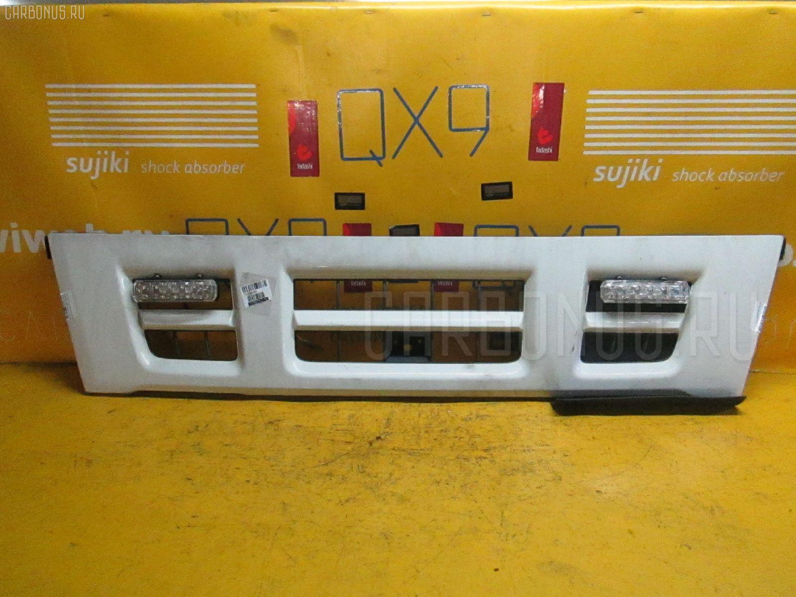 Решетка радиатора ISUZU ELF NKR81 Фото 2
