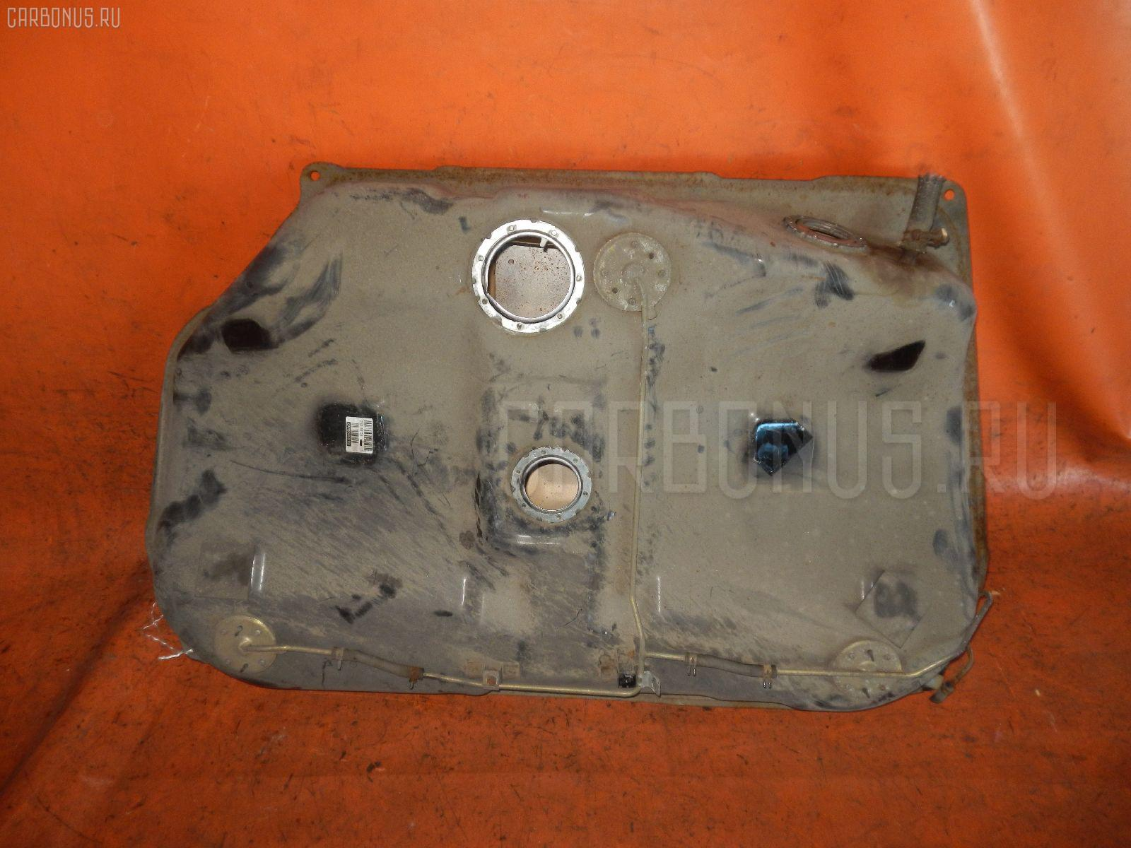 Бак топливный TOYOTA CARINA AT170 5A-FE. Фото 1