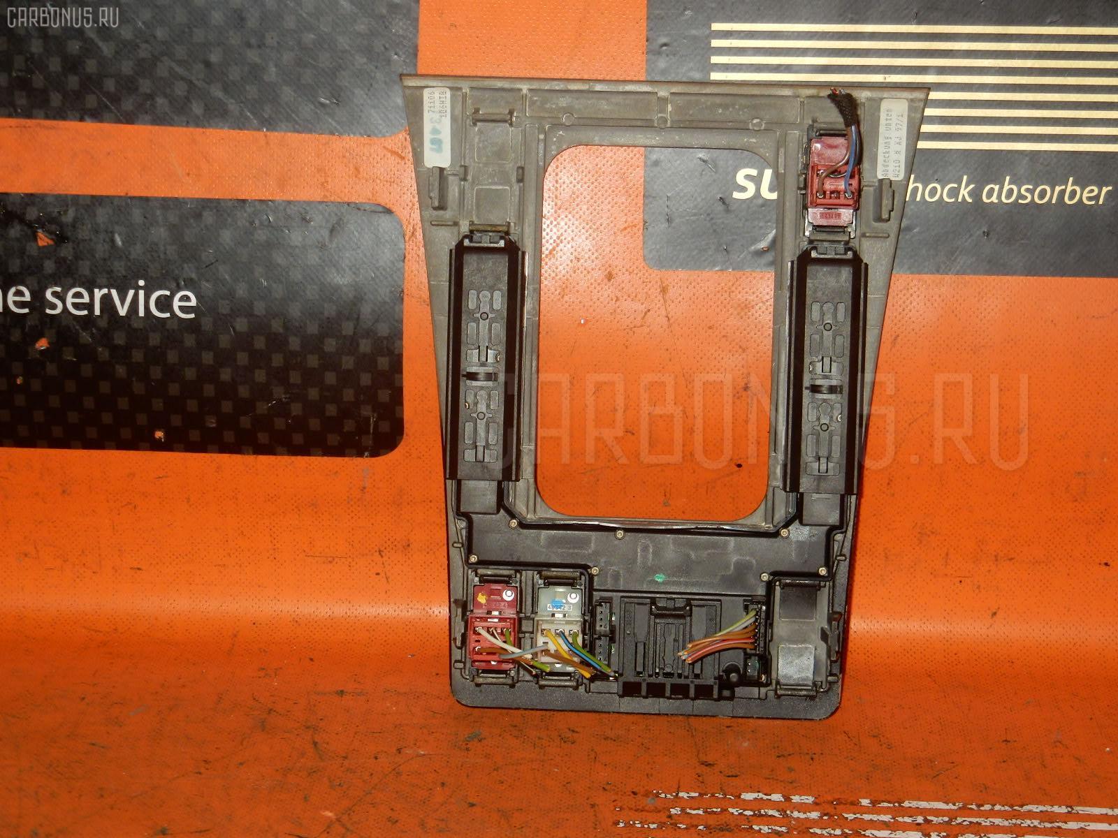 Консоль магнитофона MERCEDES-BENZ E-CLASS W210.061. Фото 4