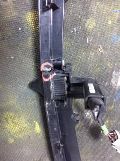 Решетка радиатора Toyota Wish ZNE14G Фото 3