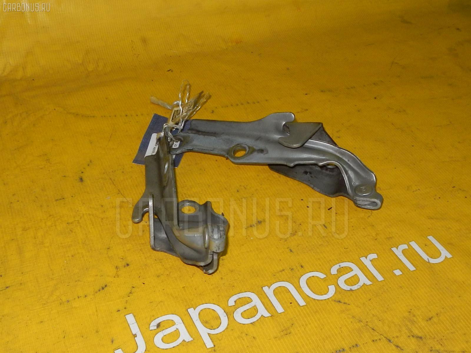 Крепление капота TOYOTA MARK II JZX100 Фото 1