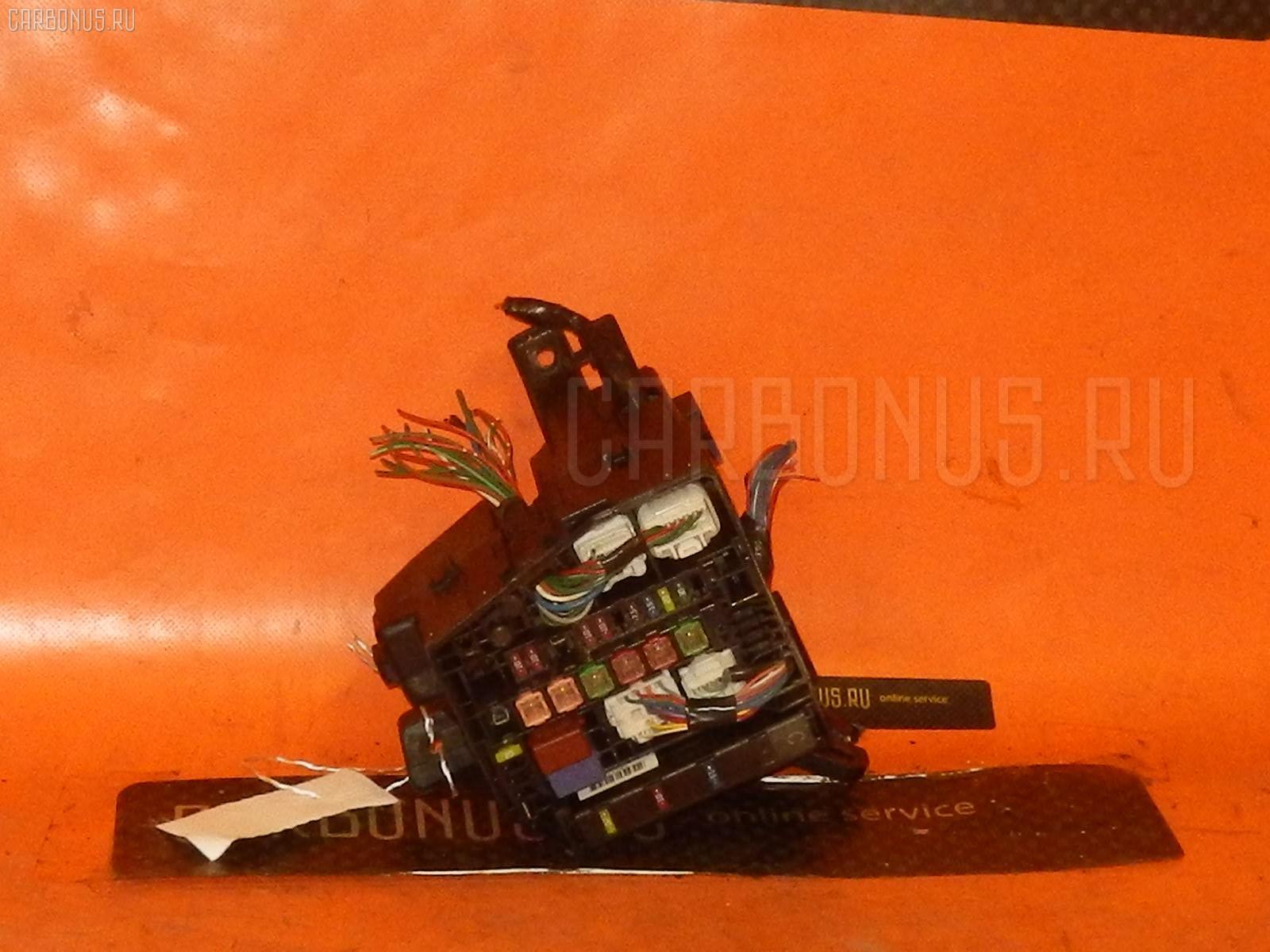 Блок предохранителей TOYOTA RACTIS SCP100 Фото 1