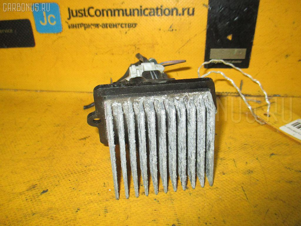 Регулятор скорости мотора отопителя MAZDA FAMILIA S-WAGON BJ5W ZL. Фото 10