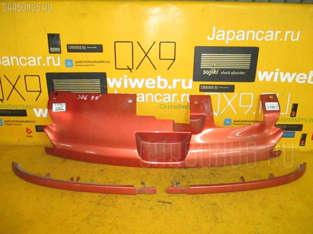 Решетка радиатора PEUGEOT 306 7DRFV Фото 1