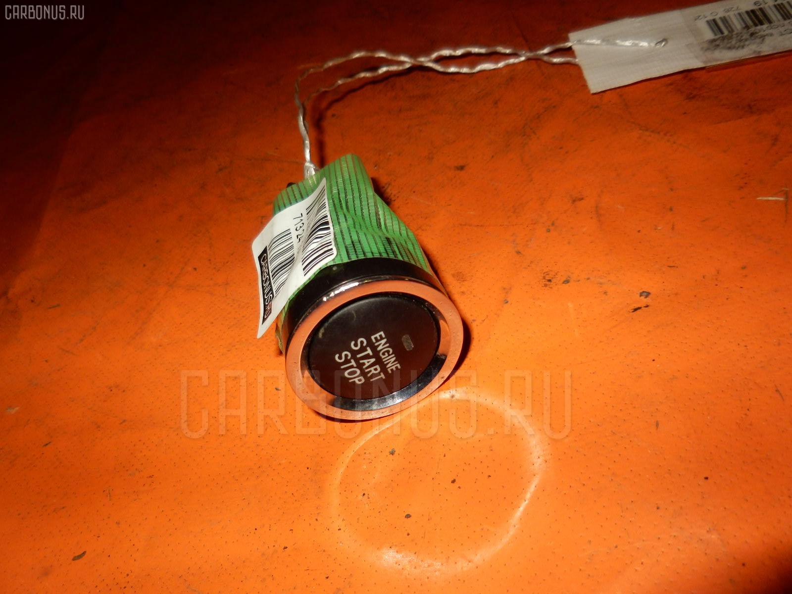 Кнопка TOYOTA RACTIS NCP105. Фото 1