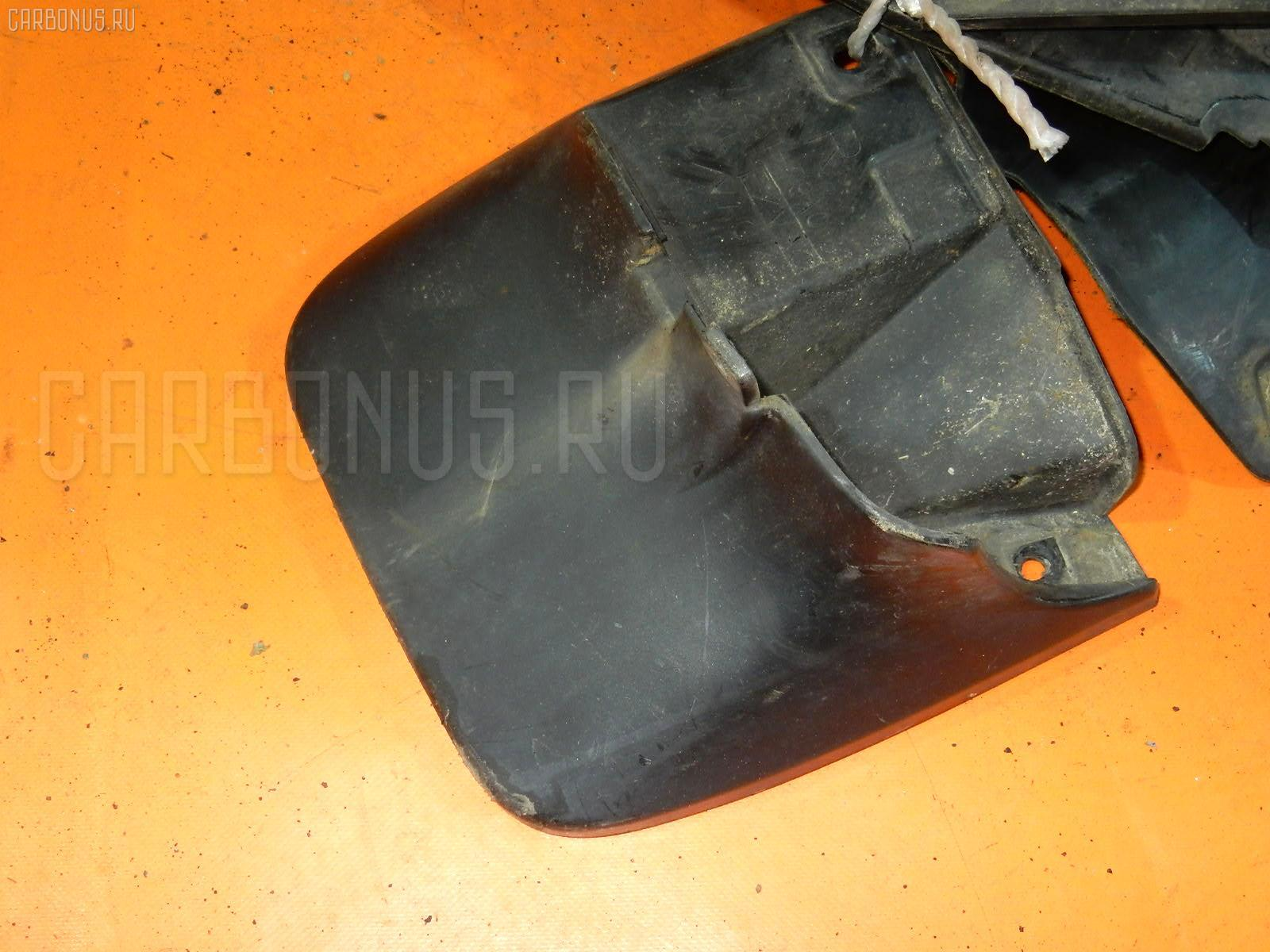 Брызговик Suzuki Every DA62V Фото 1