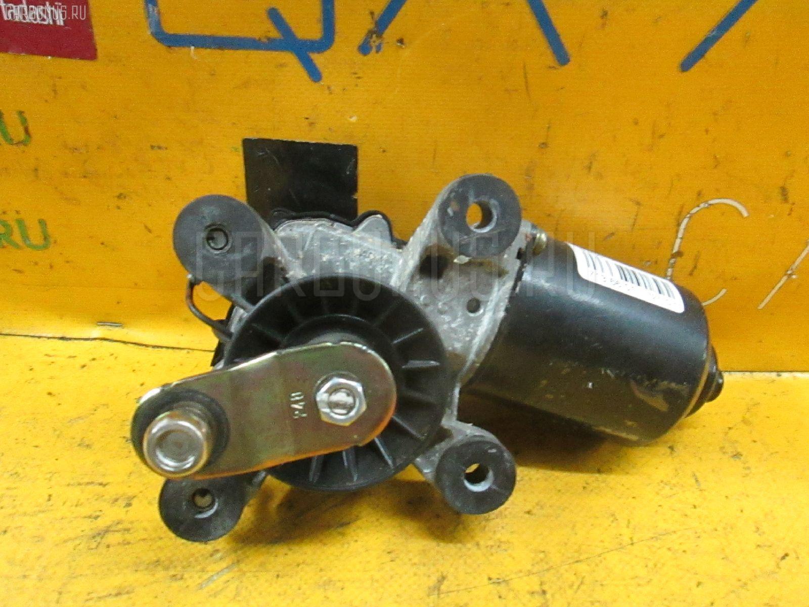Мотор привода дворников MAZDA FAMILIA S-WAGON BJ5W. Фото 2