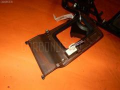 Консоль магнитофона Toyota Mark ii GX100 Фото 4