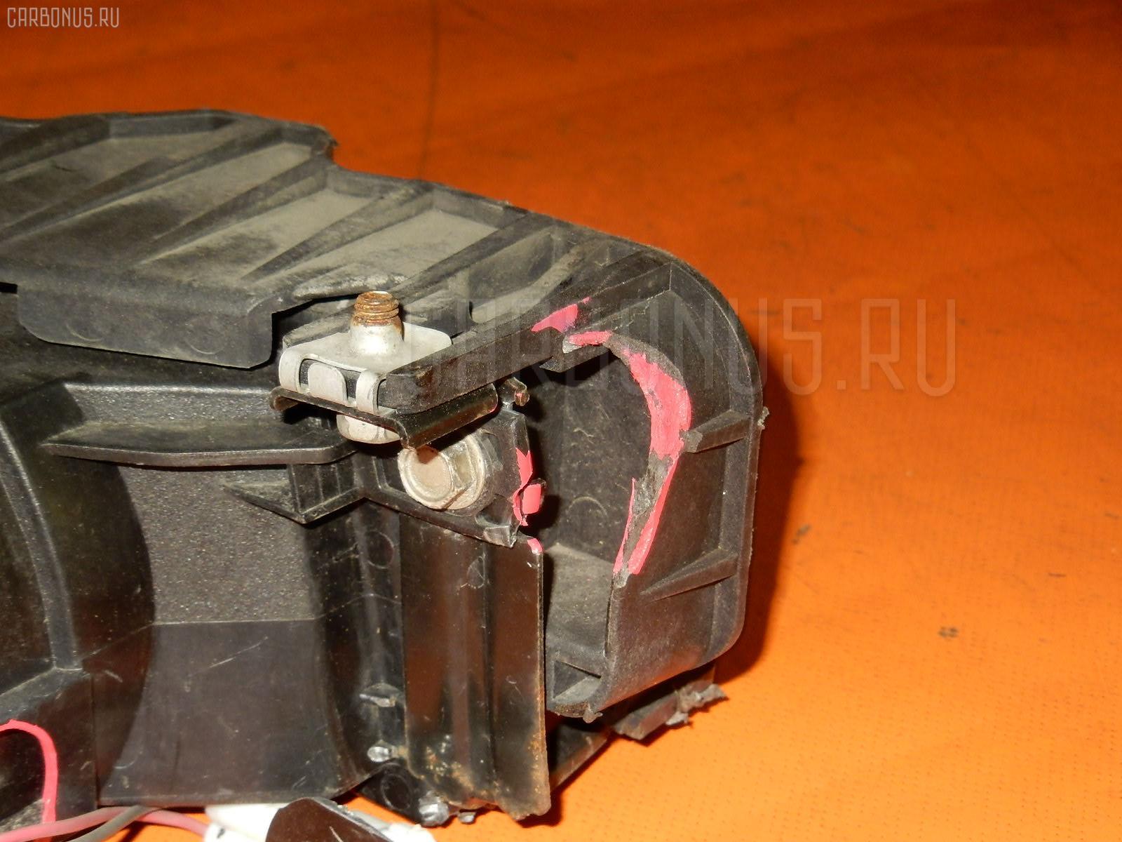 Туманка бамперная TOYOTA ISIS ANM15G Фото 2