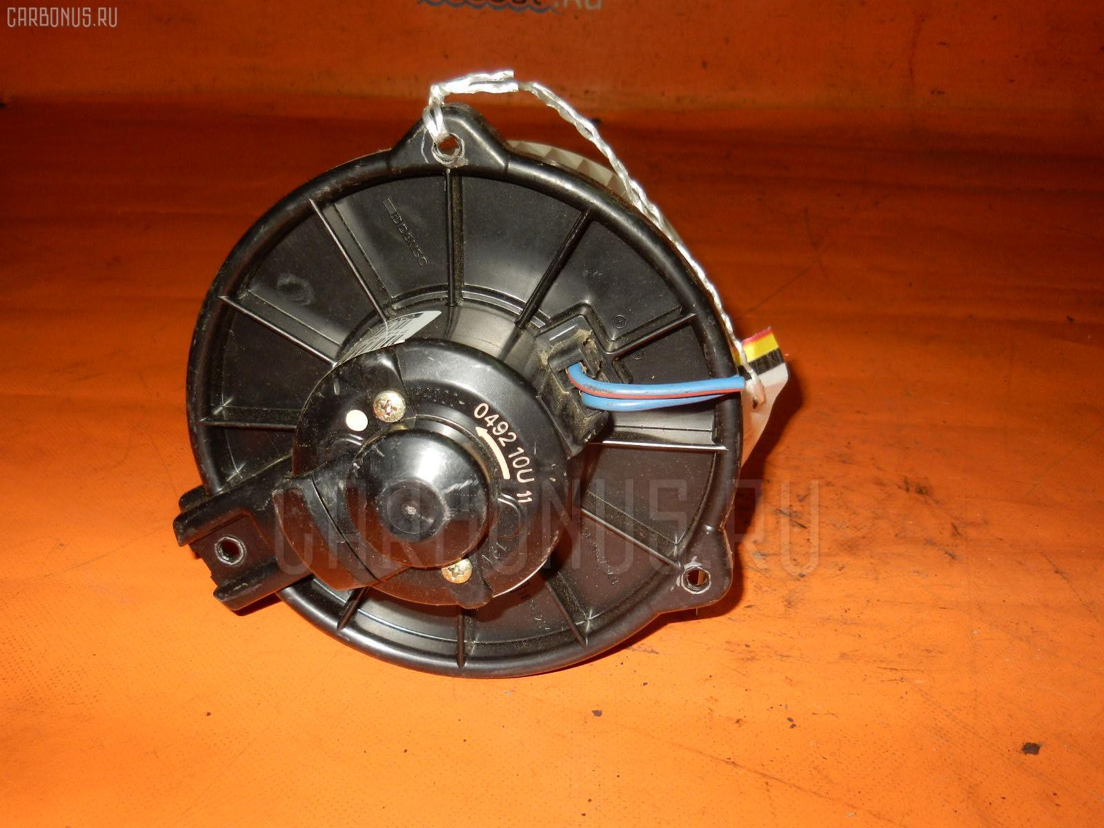 Мотор печки TOYOTA VITZ SCP10 Фото 2