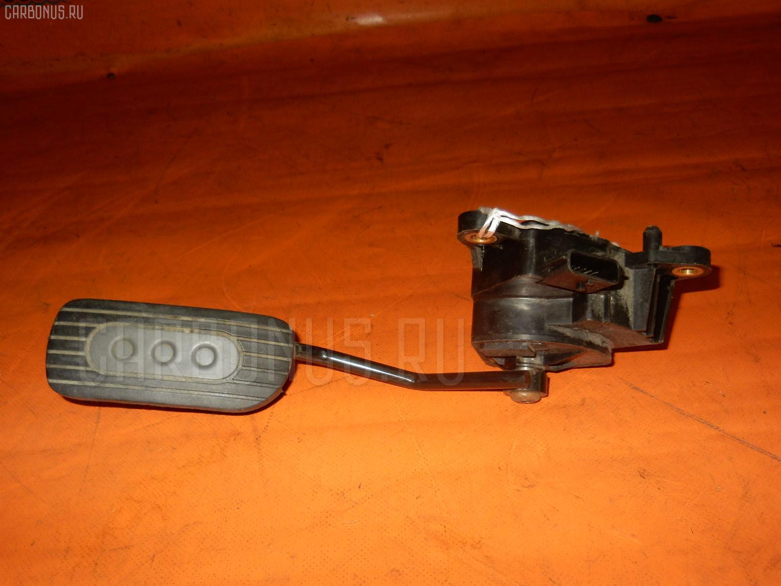 Педаль подачи топлива NISSAN MARCH AK12 CR12DE. Фото 7